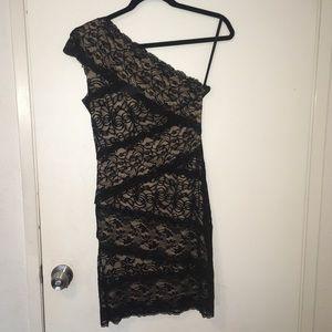 Lace, single shoulder Bebe dress